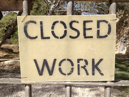 Closed Work sign at Mt Nebo