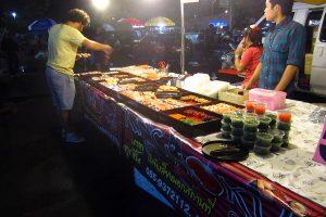 ladphrao-market-bazaar-sushi