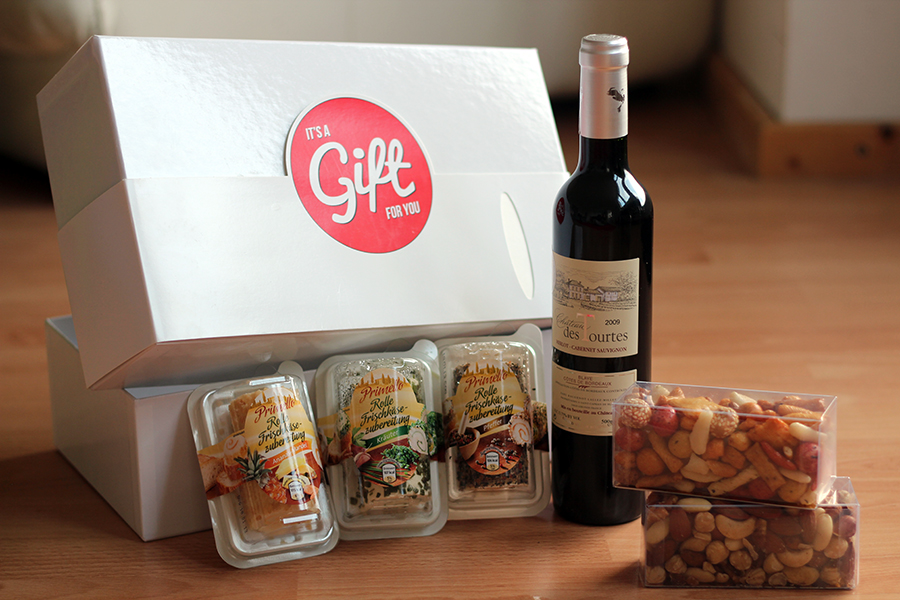 wine & cheese gift box