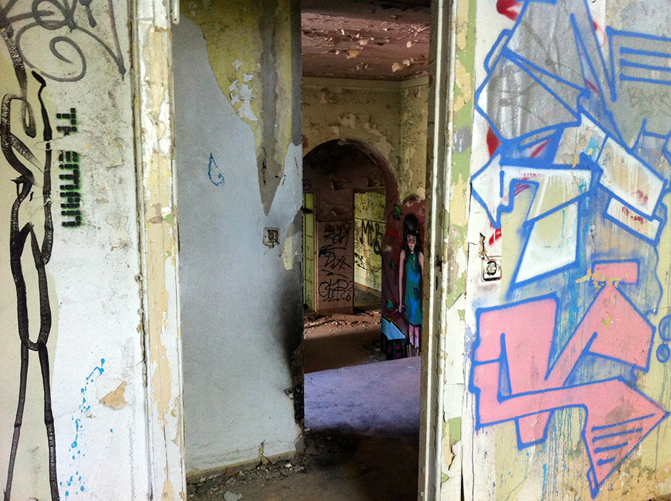 abandoned kinderkrankenhaus