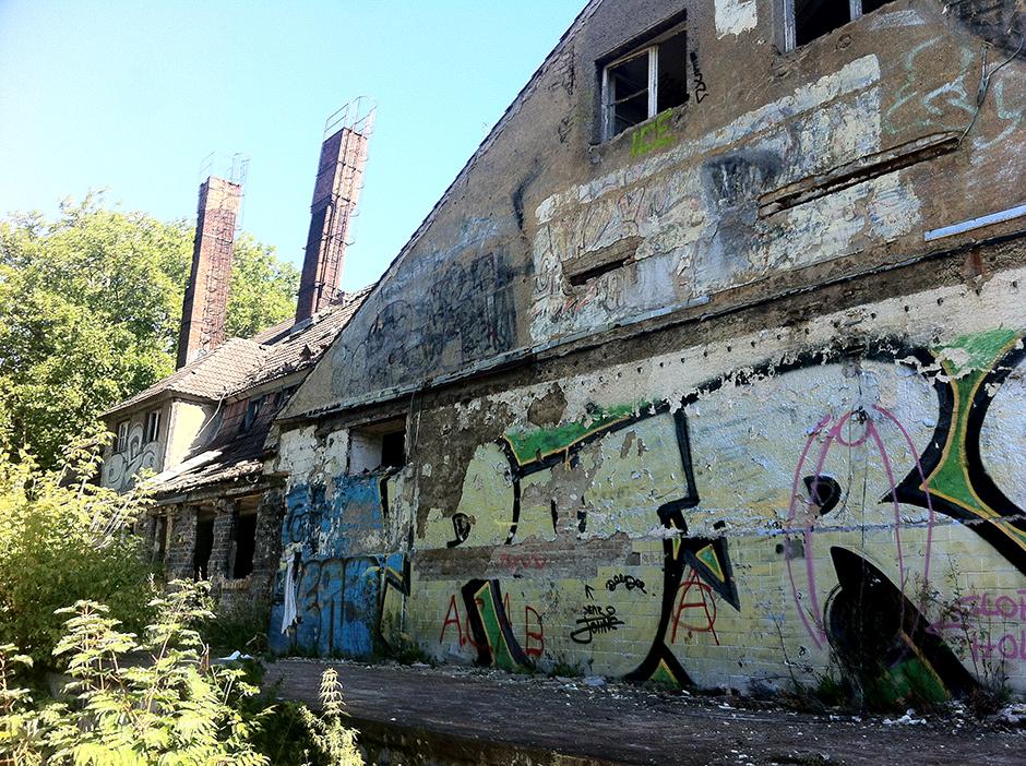 abandoned berlin buildings