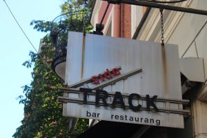 sidetrack gay bar