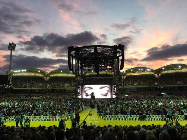 Adele at Adelaide Oval